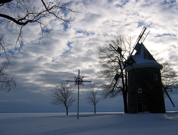 Pointe-claire_windmill