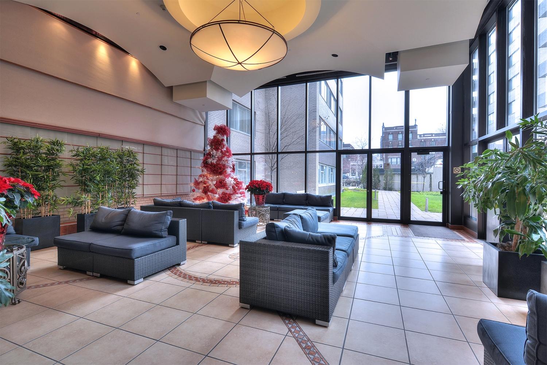Le parc appartements louer appartement louer au for Location appartement montreal