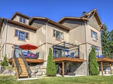 Rive-Gauche Lac Ouareau - Condos neufs à Saint-Donat: 300001$ - 350000$