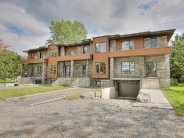 Les Jardins Panoramiques - Moderno - Maisons neuves à McMasterville